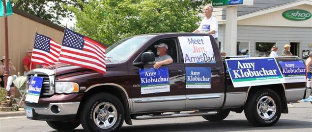 Jim Klobuchar and supporters, campaigning for Amy Klobuchar in 2012