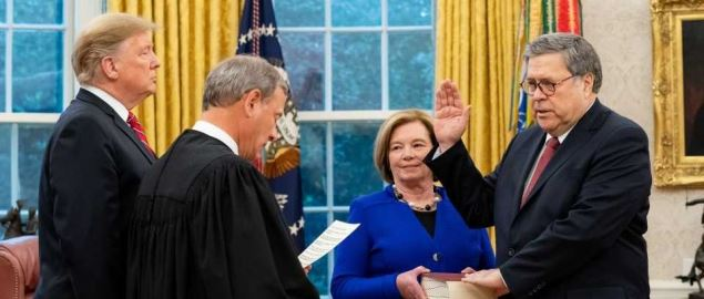 Attorney General William Barr being sworn in by Chief Justice John Roberts